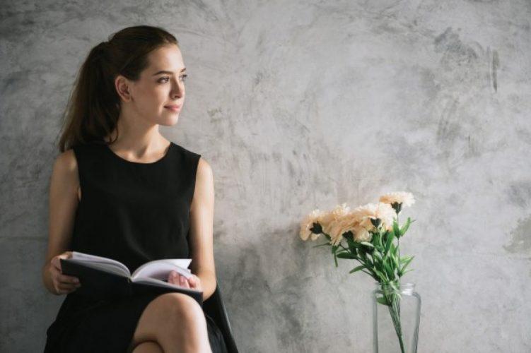 Cartile de dezvoltare personala pentru femei – indicatii esentiale in asigurarea succesului
