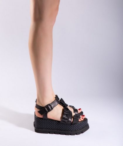 Sandalele din piele naturala – un trend fara varsta